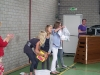 20110517_overhandiging_check_sponsorloop_boomgaardshoek_24